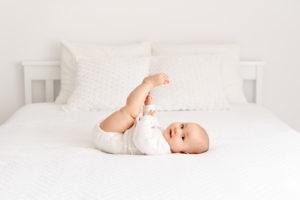 zdjęcie pięciomiesięcznej dziewczynki